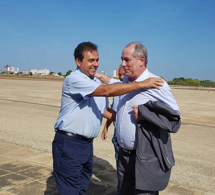 Resultado de imagem para Ciro Gomes Carlos Eduardo Alves garibaldi Alves