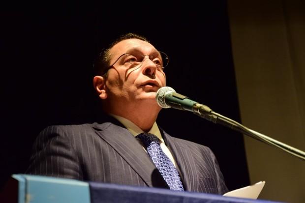 Ezequiel acatou pedido feito por dez deputados estaduais no último dia 27 (Foto: AL)