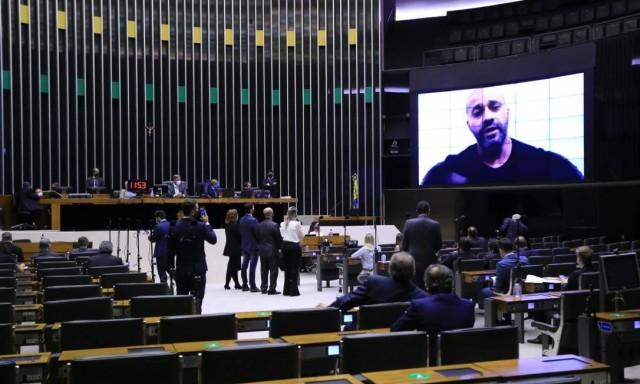 Daniel Silveira pede desculpas, mas não deixe de alertar colegas de que pode abrir precedente a sua prisão (Foto: O Globo)