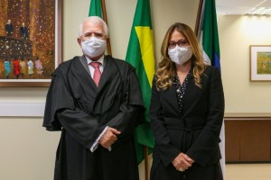 Desembargador Gilson Barbosa indicou juíza Ticiana (Foto: TRE/RN)