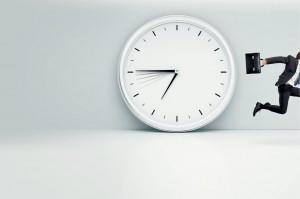 Pressa, horário, pontualidade, relógio de ponto, servidor e horário,