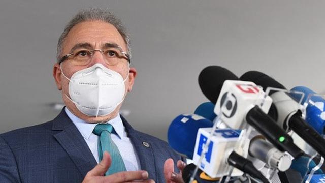 Mais de 1,5 milhão de brasileiros não retornaram para a segunda dose, alertou ministro (Foto: BBC News Brasil)