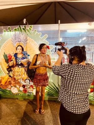 Wigna Ribeiro e equipe traçam perfil de uma relação de fé do povo com a padroeira católica (Foto: divulgação)