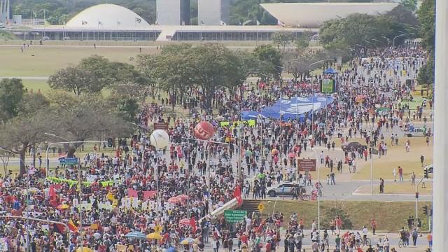 Manifestação contra Bolsonaro também ocorreu em Brasília (Foto: G1)
