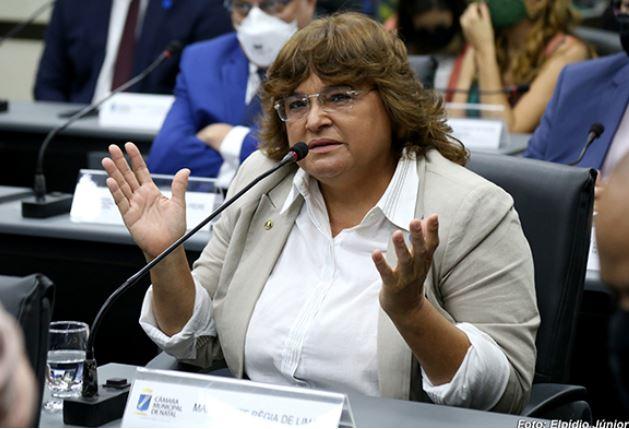 Margarete, primeiro mandato e primeiro furdunço com desacato e outros excessos (Foto: Elpídio Júnior)