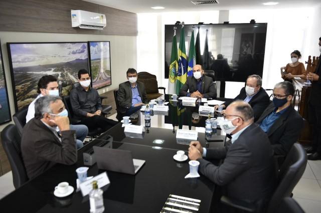 Vice-governador recebeu a ABG Mineração e consultores em Natal (Foto: Elisa Elsie)
