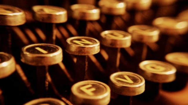 teclas de máquina de escrever, máquina datilográfica