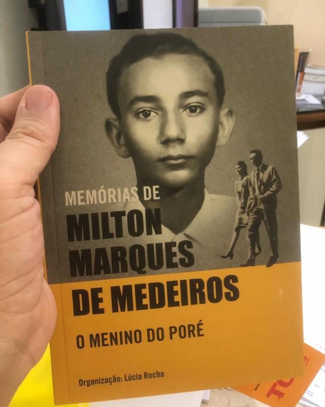 Livro é assinado pela jornalista e escritora Lúcia Rocha e foi lançado recentemente (Foto: Canal BCS)