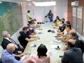 Governo recebeu representantes de classe que fizeram mobilização (Foto: Sandro Menezes)