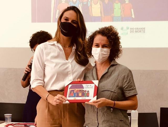 Júlia Arruda e Isolda Dantas estiveram em reunião nessa sexta-feira (Foto: Ellen Dias)