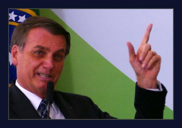 Bolsonaro puxa atenções para um ataque, ao STF, encobrindo o veto ao Fundão (Foto: arquivo)