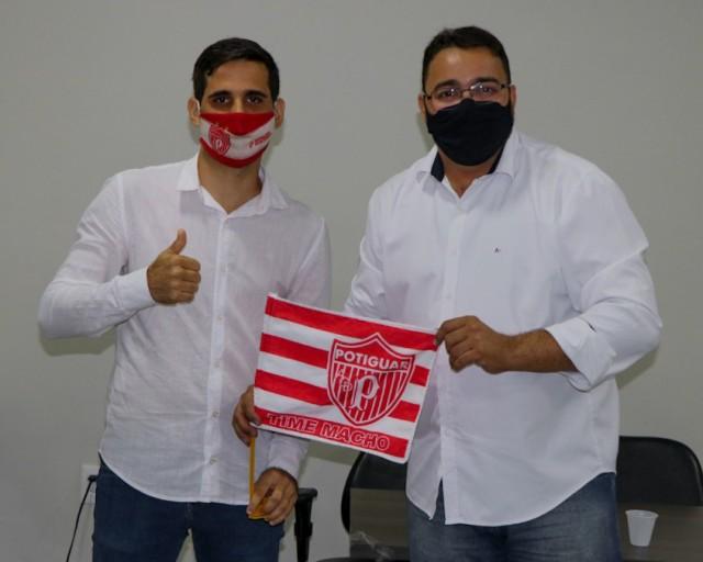 Alexandre Dionizio Tavares Pereira e Djalma Freire Júnior são vice e presidente eleitos (Foto: Léo Moura / ACDP)