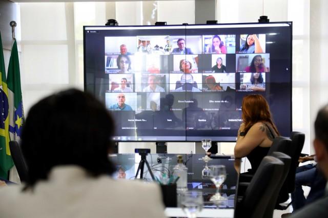 Fórum dos Servidores participou de reunião nessa quinta-feira (Foto: Sandro Menezes)