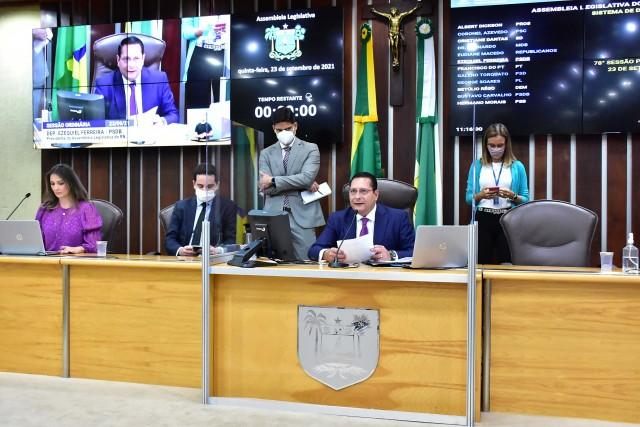 Sessão de hoje aprovou mudança de forma protocolar, sem contestações (Foto: AL)
