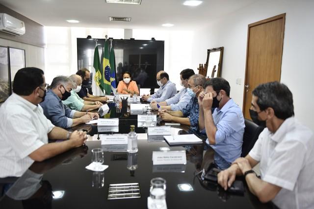 Reunião da governadora com representantes do segmento agropecuário foi hoje (Foto: Assecom)