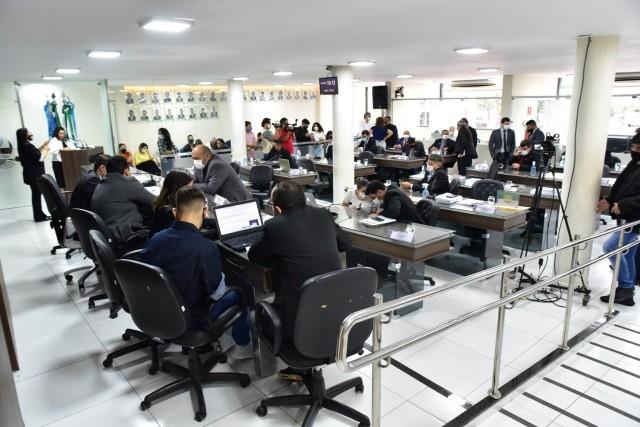 Votação aconteceu na sessão dessa terça-feira (Foto: Edilberto Barros)